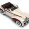détail miniature de voiture Delahaye 135 Chapron Cabriolet Miniatures du Chateau