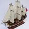détail maquette de bateau, voilier, runabout HMS Bounty peint (coque 60 cm) Gia Nhien