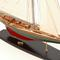 détail maquette de bateau, voilier, runabout Shamrock V - 75cm Premier Ship Models