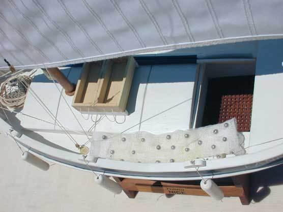 maquette bateau toulon. Black Bedroom Furniture Sets. Home Design Ideas