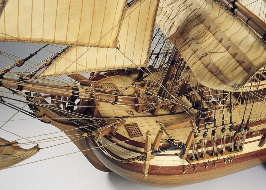 maquette bateau bounty. Black Bedroom Furniture Sets. Home Design Ideas