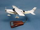 Pilot's Station Cessna 206 Skywagon - 48 cm
