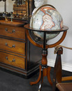 Authentic Models -AM- Library Globe