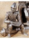 Etains du Prince Marmont assis sur un canon