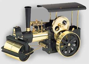 model steam engine D366 - Steam Roller black/brass Wilesco