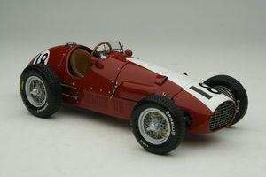 miniature de voiture Ferrari 500 F2 1952 #18 capot court Fischer Silverstone Exoto Quirao idées cadeaux