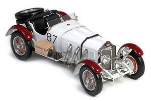 miniature de voiture Mercedes Benz SSKL Mille Miglia 1931 (1:18e) CMC-M055 CMC Modelcars Quirao idées cadeaux
