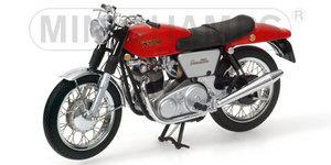 miniature de moto Norton Commando 750 Fastback 69 rouge / argent Minichamps Quirao idées cadeaux