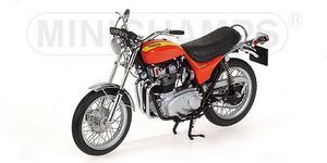 miniature de moto Triumph Hurricane 1973 Minichamps Quirao idées cadeaux