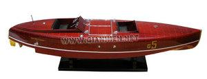 maquette de bateau, voilier, runabout Baby Bootlegger - 90 cm Gia Nhien Quirao idées cadeaux