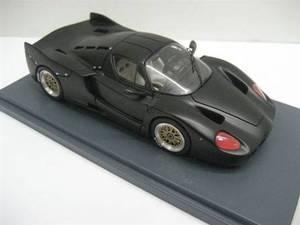 miniature de voiture Ferrari Enzo Development Car 2001  noir mat Ilario Quirao idées cadeaux