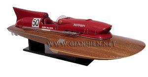 maquette de bateau, voilier, runabout Ferrari Hydroplane 1954 - vernis acajou - 90 cm Gia Nhien Quirao idées cadeaux