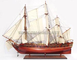 maquette de bateau, voilier, runabout Frégate de la liberté - 80 cm Gia Nhien Quirao idées cadeaux