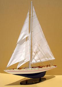 maquette de bateau, voilier, runabout Enterprise 50 cm Gia Nhien Quirao idées cadeaux