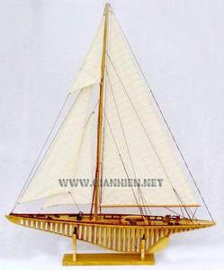 maquette de bateau, voilier, runabout Shamrock coque membrures - 80 cm Gia Nhien Quirao idées cadeaux