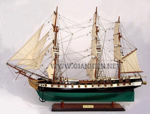 maquette de bateau, voilier, runabout USS Constellation peint (coque 80 cm) Gia Nhien Quirao idées cadeaux