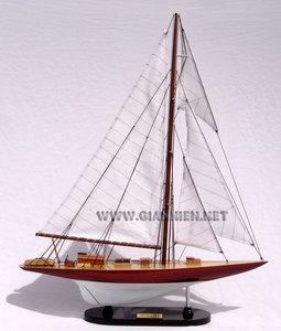 maquette de bateau, voilier, runabout William Fife 60 cm Gia Nhien Quirao idées cadeaux