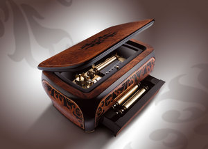 Reuge music box Baroque, 72 notes Reuge
