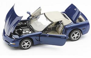 miniature de voiture Chevrolet Corvette C5 2004 comm edition The Franklin Mint Quirao idées cadeaux