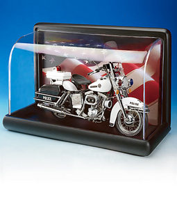 miniature de voiture Standard motorcycle display with flag The Franklin Mint Quirao idées cadeaux