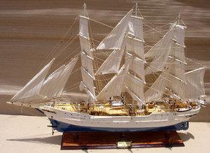 maquette de bateau, voilier, runabout Christian Radich - (coque 80 cm) Gia Nhien Quirao idées cadeaux