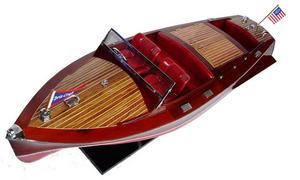 maquette de bateau, voilier, runabout Chris Craft Barrel Back 80 cm Gia Nhien Quirao idées cadeaux