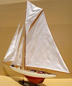 maquette de bateau, voilier, runabout Columbia 60 cm Gia Nhien Quirao idées cadeaux