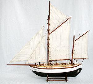 maquette de bateau, voilier, runabout Colin Archer  50 cm Gia Nhien Quirao idées cadeaux