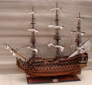 maquette de bateau, voilier, runabout Royal Louis - (coque 80 cm) Gia Nhien Quirao idées cadeaux