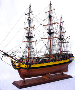maquette de bateau, voilier, runabout HMS Diana - (coque 80 cm) Gia Nhien Quirao idées cadeaux