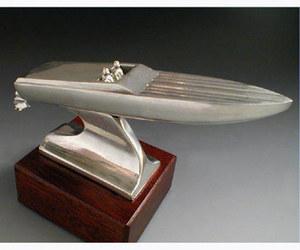 maquette de bateau, voilier, runabout Off Shore Serge Leibovitz Quirao idées cadeaux