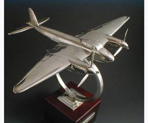 maquette d'avion De Havilland Mosquito Serge Leibovitz Quirao idées cadeaux