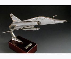maquette d'avion Mirage 2000 B (avec charges) Serge Leibovitz Quirao idées cadeaux
