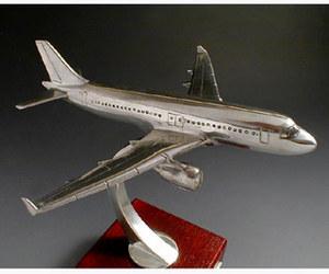 maquette d'avion Airbus A319 Serge Leibovitz Quirao idées cadeaux