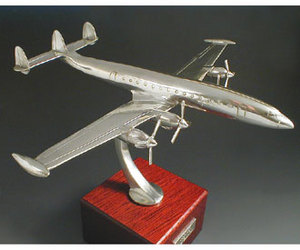 metal aircraft display model commercial 4 engine loockheed. Black Bedroom Furniture Sets. Home Design Ideas