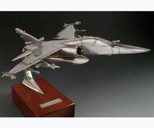 maquette d'avion Mirage F1 CT (avec charges) Serge Leibovitz Quirao idées cadeaux