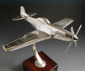 maquette d'avion North American P51 Mustang Serge Leibovitz Quirao idées cadeaux