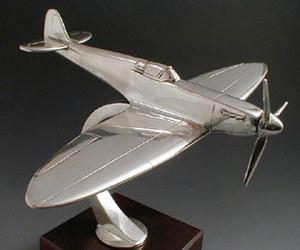 maquette d'avion Spitfire M.K1 Serge Leibovitz Quirao idées cadeaux
