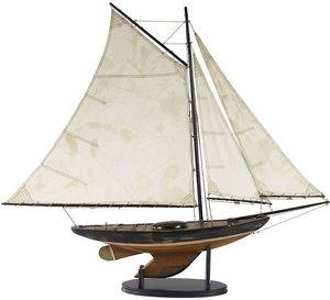 maquette de bateau, voilier, runabout Sloop Newport Authentic Models -AM- Quirao idées cadeaux