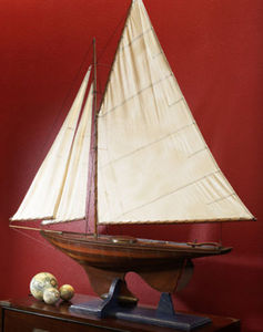 maquette de bateau, voilier, runabout Yacht Irondises, voilier 140 cm Authentic Models -AM- Quirao idées cadeaux