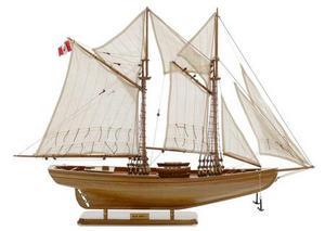 maquette de bateau, voilier, runabout Blue Nose I Yacht - 65cm Premier Ship Models Quirao idées cadeaux