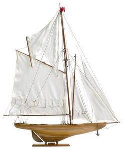 maquette de bateau, voilier, runabout Britannia yacht - 74cm Premier Ship Models Quirao idées cadeaux