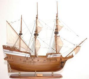 maquette de bateau, voilier, runabout Golden Hind peint - 100 cm Premier Ship Models Quirao idées cadeaux