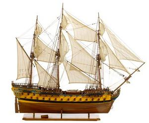 maquette de bateau, voilier, runabout HMS Bellona - 71 cm Premier Ship Models Quirao idées cadeaux