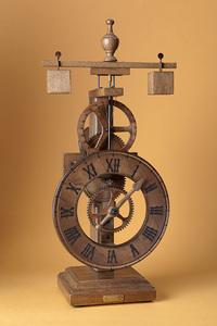 horloge en bois de table avec cadran bois. Black Bedroom Furniture Sets. Home Design Ideas