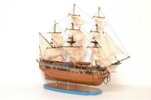 maquette de bateau, voilier, runabout Royal Caroline - 90 cm Premier Ship Models Quirao idées cadeaux
