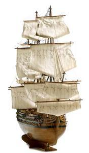 maquette de bateau, voilier, runabout Royal Louis - 109 cm Premier Ship Models Quirao idées cadeaux