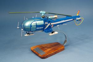 maquette d'helicoptère Alouette III SE.316 - Gendarmerie Pilot's Station Quirao idées cadeaux