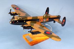 maquette d'avion Avro Lancaster - RAF - 37 cm Pilot's Station Quirao idées cadeaux