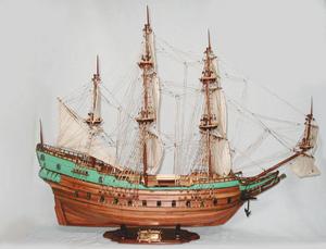 maquette de bateau, voilier, runabout Batavia - (coque 80 cm) Old Modern Handicrafts Quirao idées cadeaux